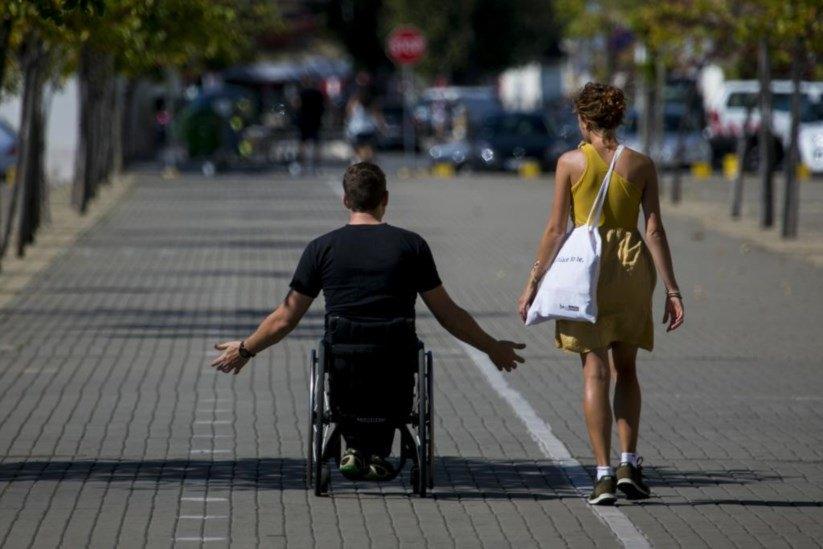 Os apoiadores são pessoas de confiança da pessoa com deficiência para tomadas de certas decisões.