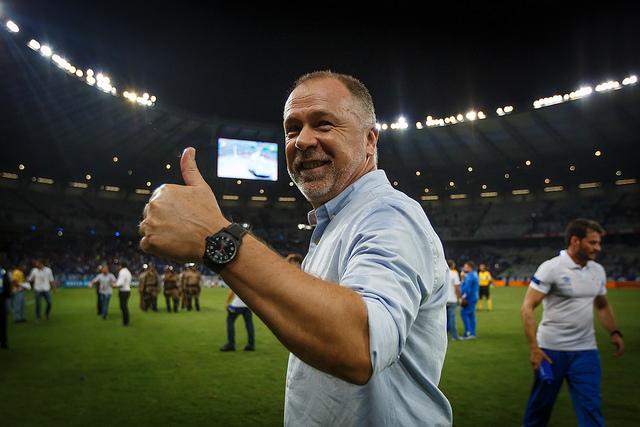 Mano Menezes está no Cruzeiro há mais de dois anos e este é um dos motivos do grande favoritismo da equipe mineira.