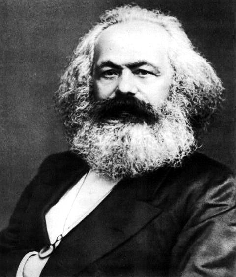 Os revolucionários são pessimistas quanto ao passado