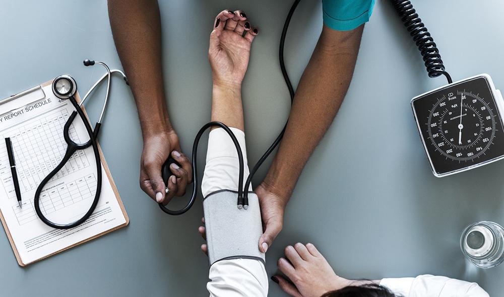 A Organização Mundial da Saúde (OMS) define a saúde como ''o estado de completo bem-estar físico, psíquico, mental e social''.