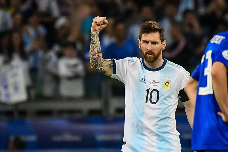 Messe fez mais um gol no Mineirão, mas jogo da sua Argentina contra o Paraguai foi muito ruim tecnicamente.