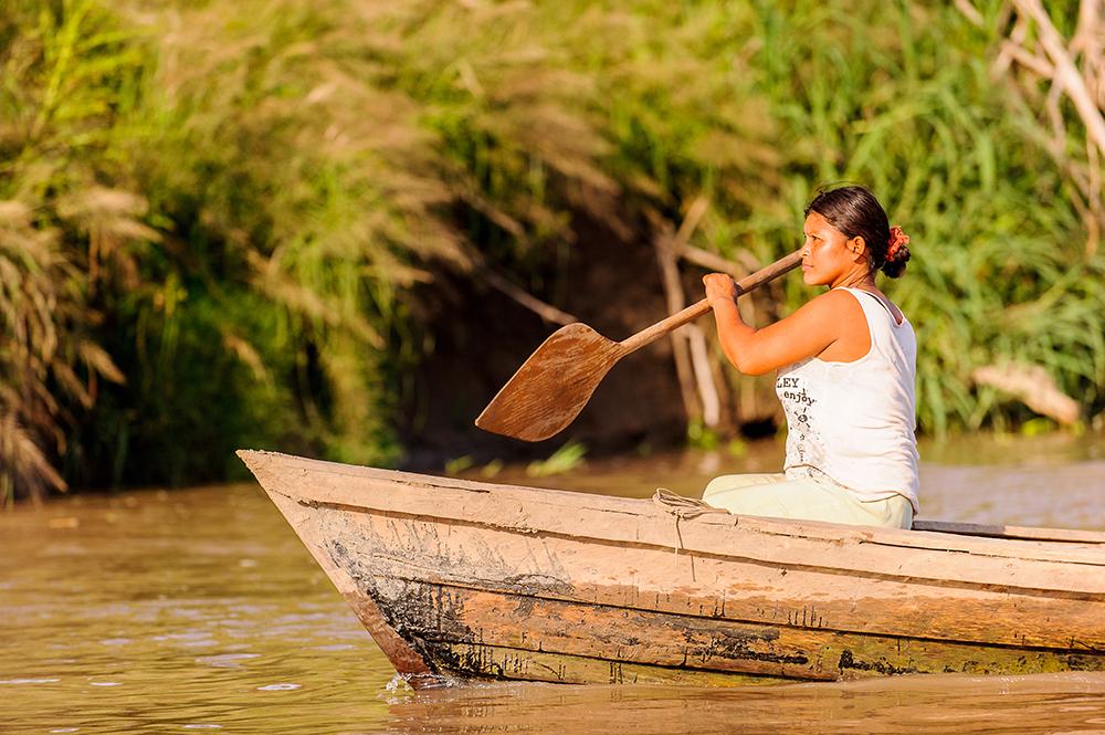 É preciso considerar a grave crise socioambiental em curso, atingindo de modo fatal a Amazônia.