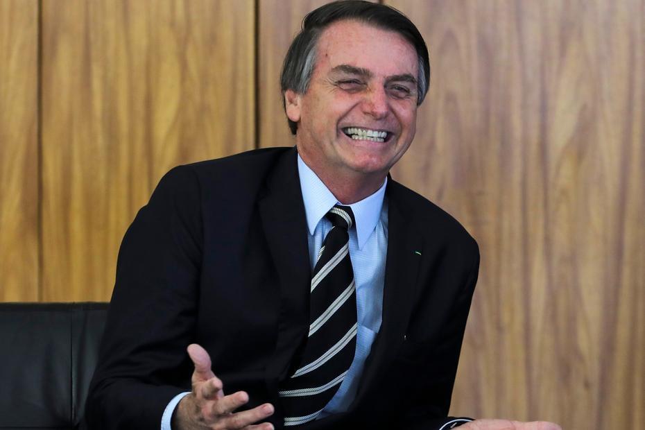 O presidente Jair Bolsonaro está abusando não só dos seus próprios limites, e ele têm muitos, limitado que é, como de nossa inteligência, paciência, honra e capacidade de suportar os ataques que desfere.