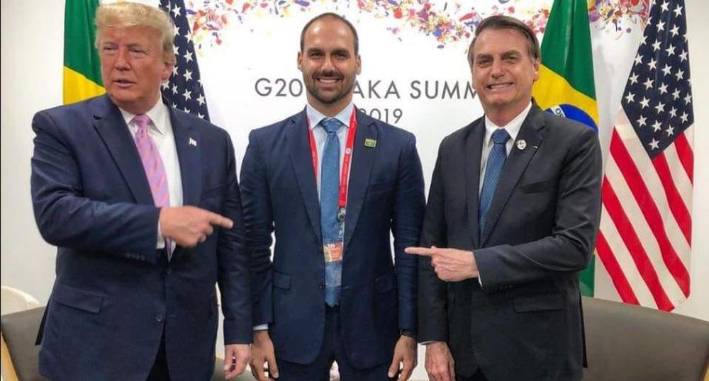 Jair Bolsonaro levou o filho Eduardo à cúpula do G20 em Osaka, no fim de junho.