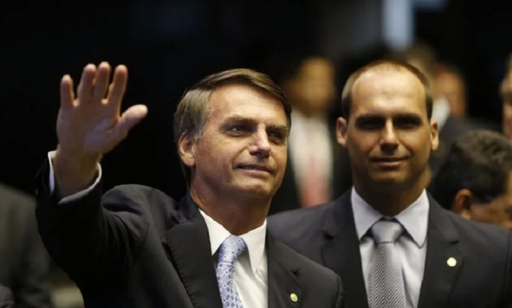 Pode ser que o G7 decida oferecer ao Brasil. Mas depois que o presidente disse que não precisamos de doações europeias?