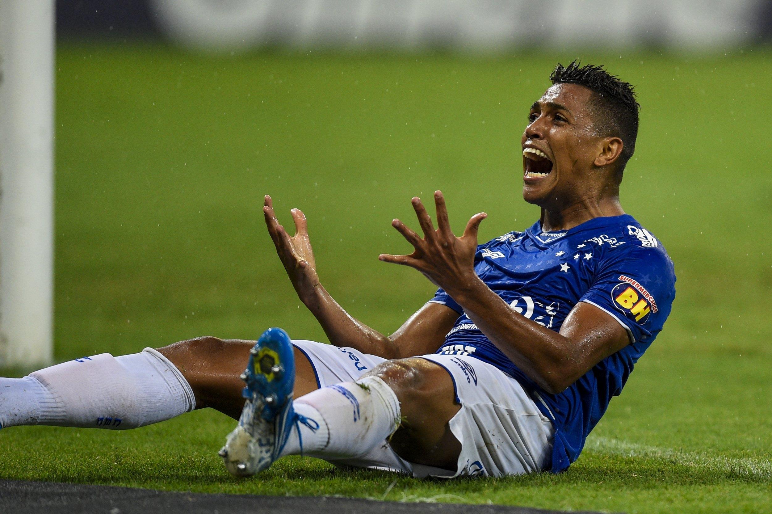 Cruzeiro não consegue reagir no Brasileirão e corre sério risco de cair
