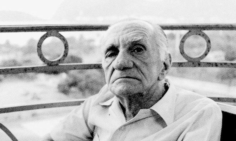 João Cabral nasceu no dia 9 de janeiro de 1920