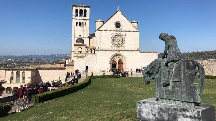 Encontro 'A economia de Francisco', convocado pelo papa, acontecerá em Assis