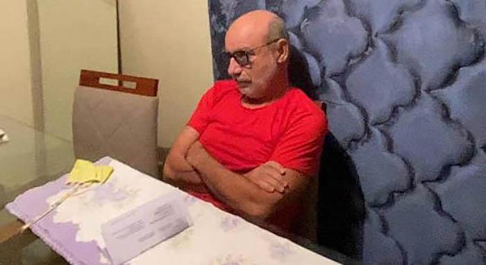 A prisão de Fabrício Queiroz era tudo o que a 'famiglia' Bolsonaro menos queria