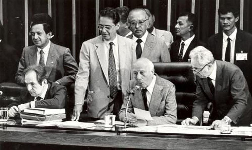 Constituição brasileira vigente foi promulgada em 1988