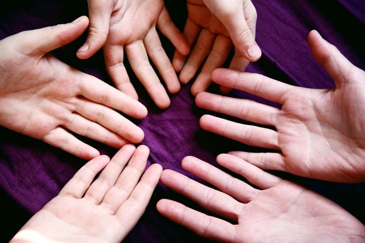 Urgente é despertar e educar a consciência de cada pessoa para que todos assumam a condição de cuidadores