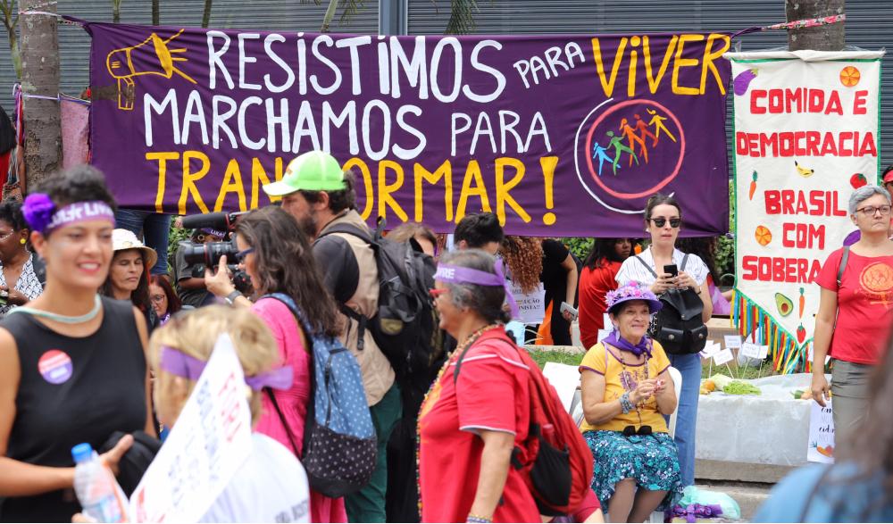 No passado e no presente, mulheres guerreiras fizeram e fazem a diferença em lutas pela construção de 'um mundo onde sejamos socialmente iguais, humanamente diferentes e totalmente livres', como aponta Rosa Luxemburgo