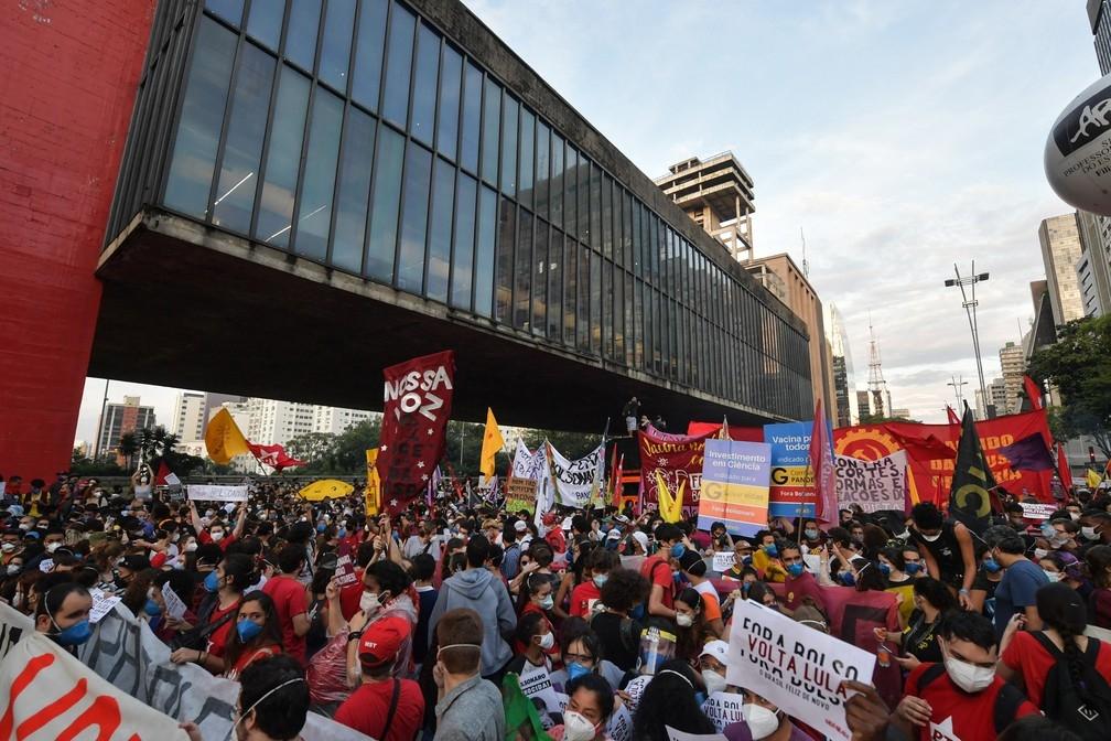 Nos últimos dias, manifestações movimentaram as ruas do país