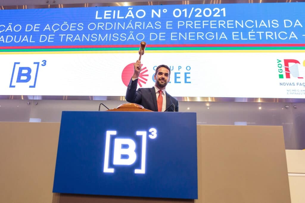 Eduardo Leite (PSDB) no leilão da  Companhia Estadual Transmissão de Energia Elétrica (CEEE-T)