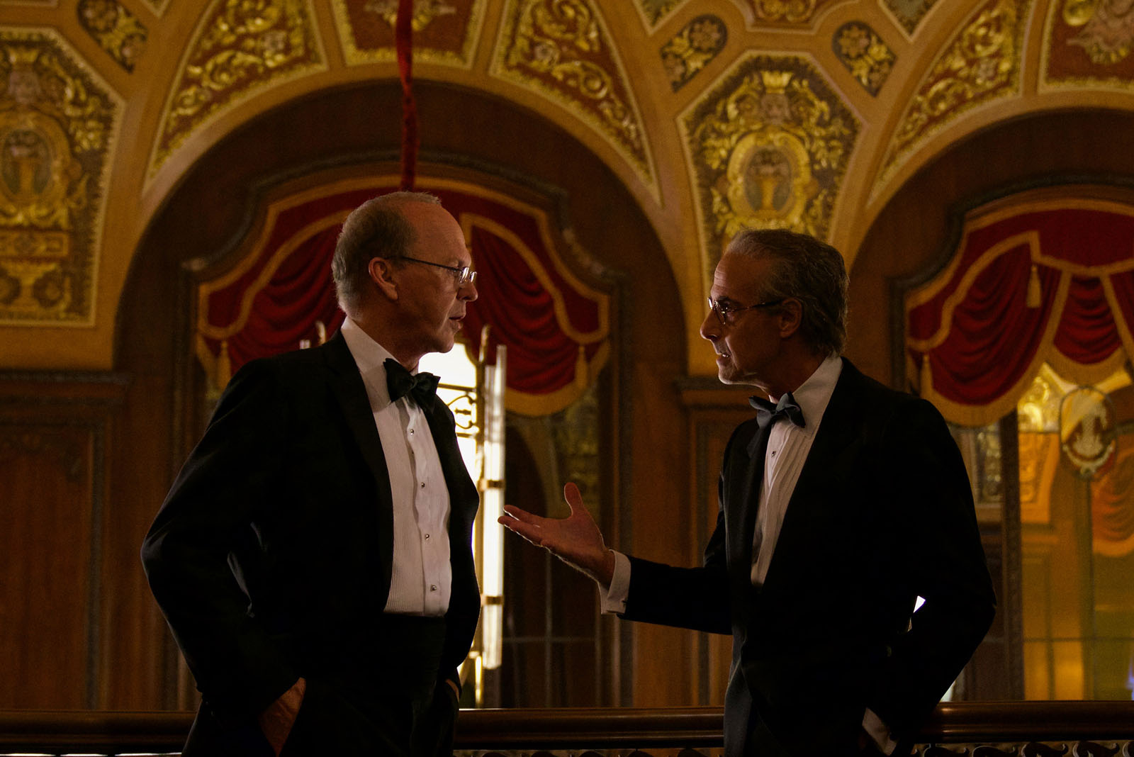 Michael Keaton interpreta Kenneth Feinberg, advogado que coordenou o Fundo de Compensação