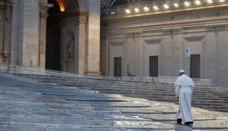 27 de março de 2020: 'O Papa sozinho na Basílica de São Pedro representa a humanidade desorientada em busca de sentido'