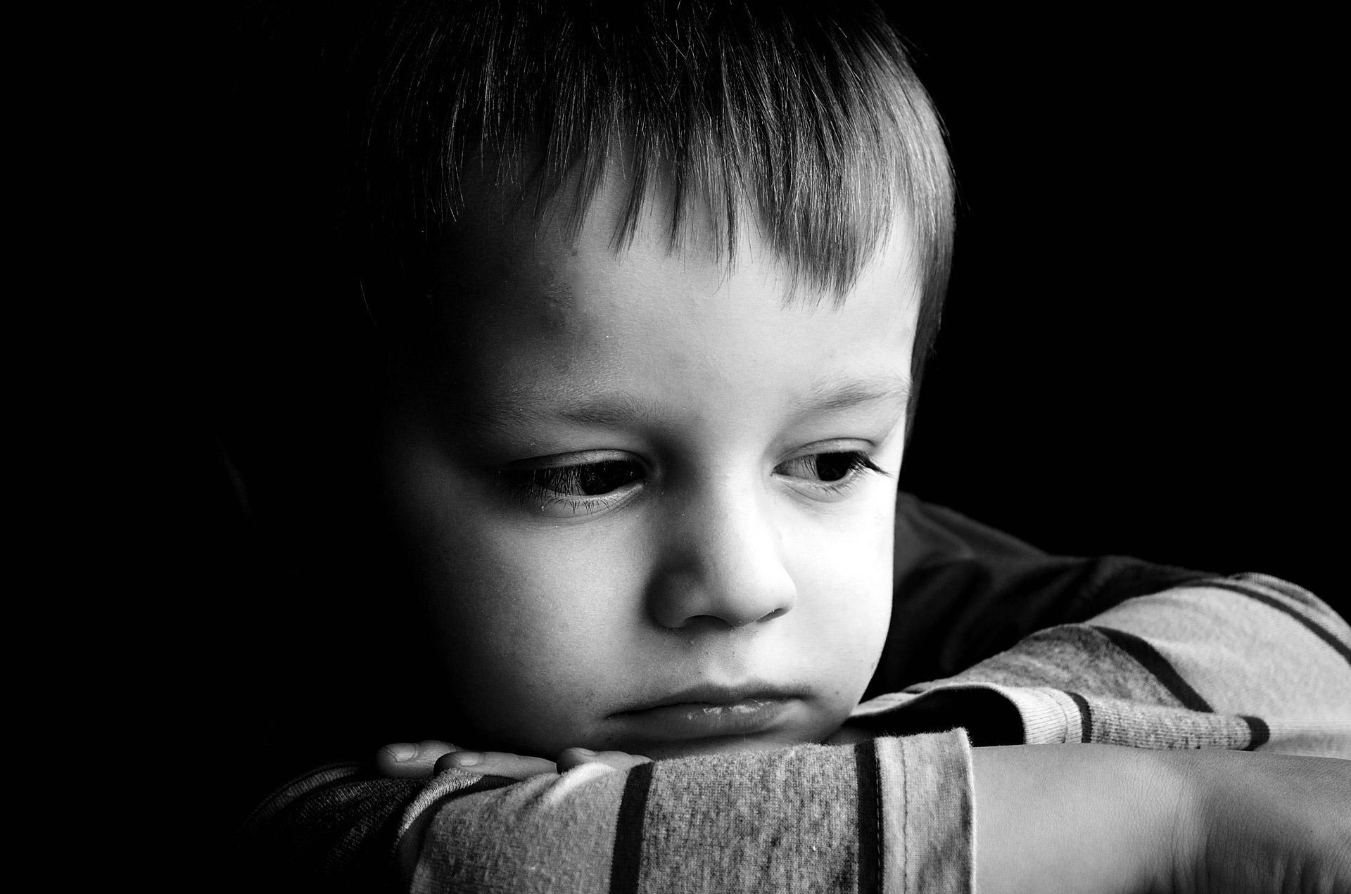 'É importante a criança ficar perto de quem ela confia nesse momento de incerteza'