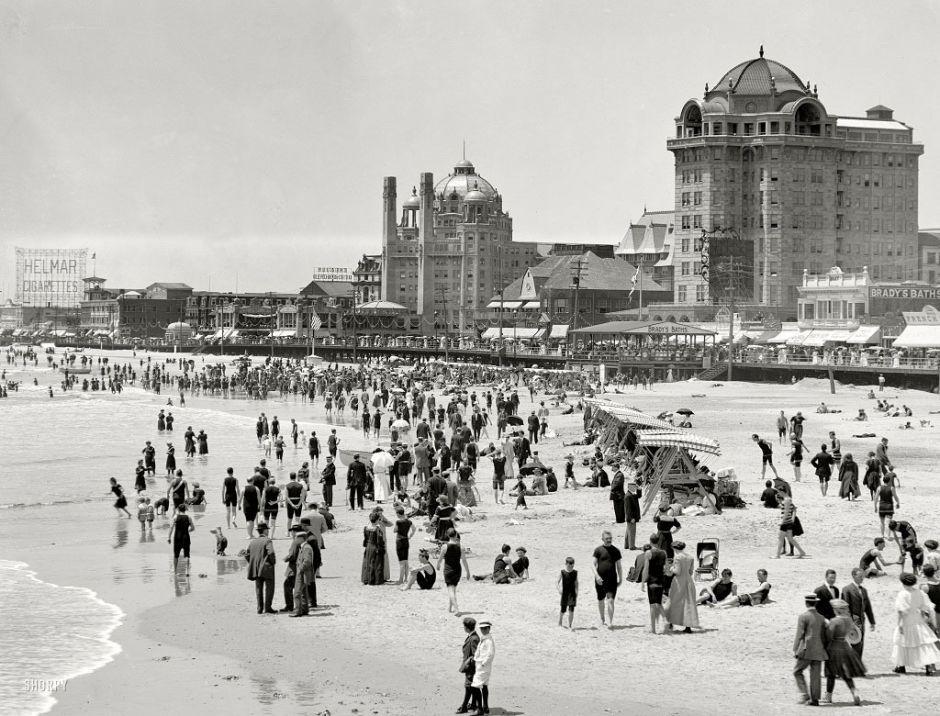 The beach in Atlantic City, 1915