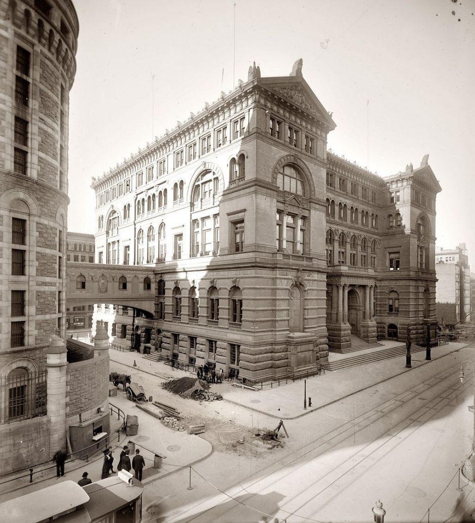 Courthouse & adjoining jail in Manhattan, 1907