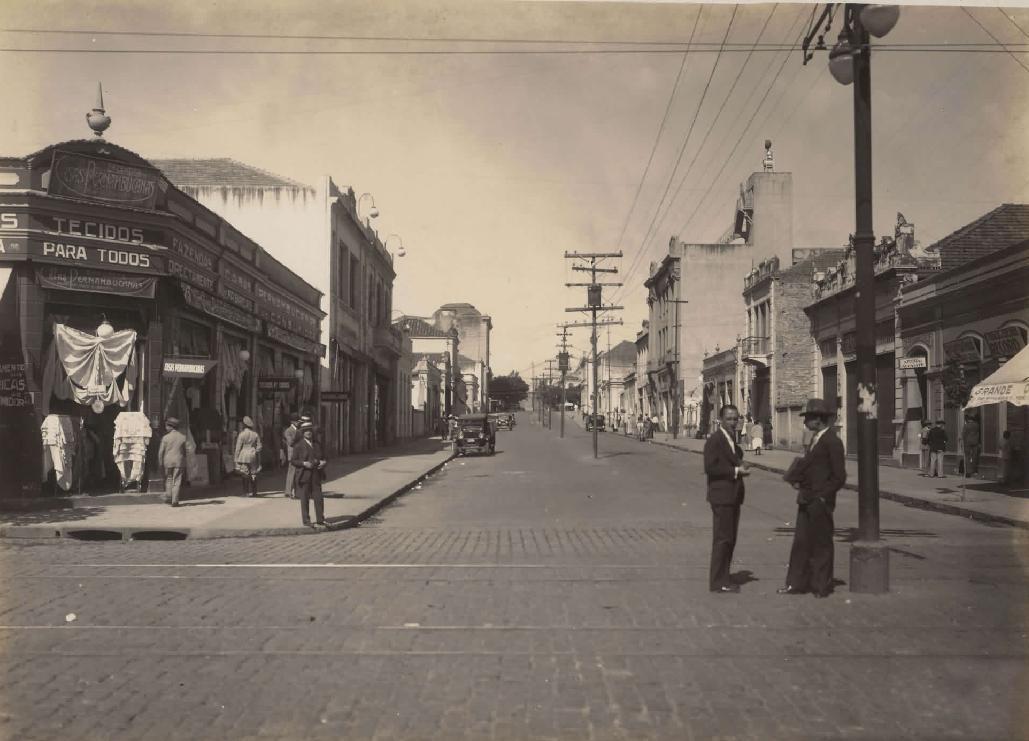 Rua Rio de Janeiro, entre Praça 7 e rua dos Caetés, anos 1930