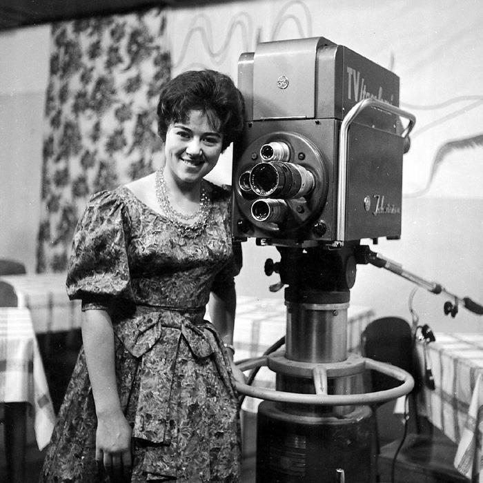 Clausy Soares, apresentadora da TV Itacolomi, anos 1960