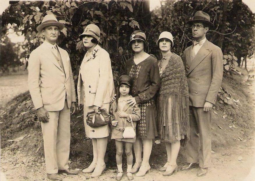 Encontro familiar no Parque Municipal, 1929