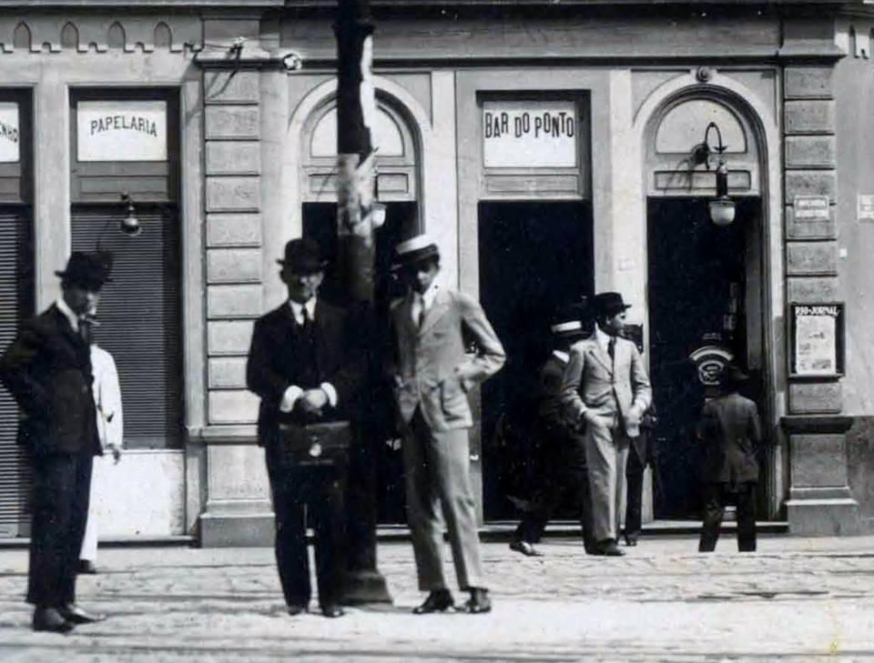 Bar do Ponto, av. Afonso Pena, 1930