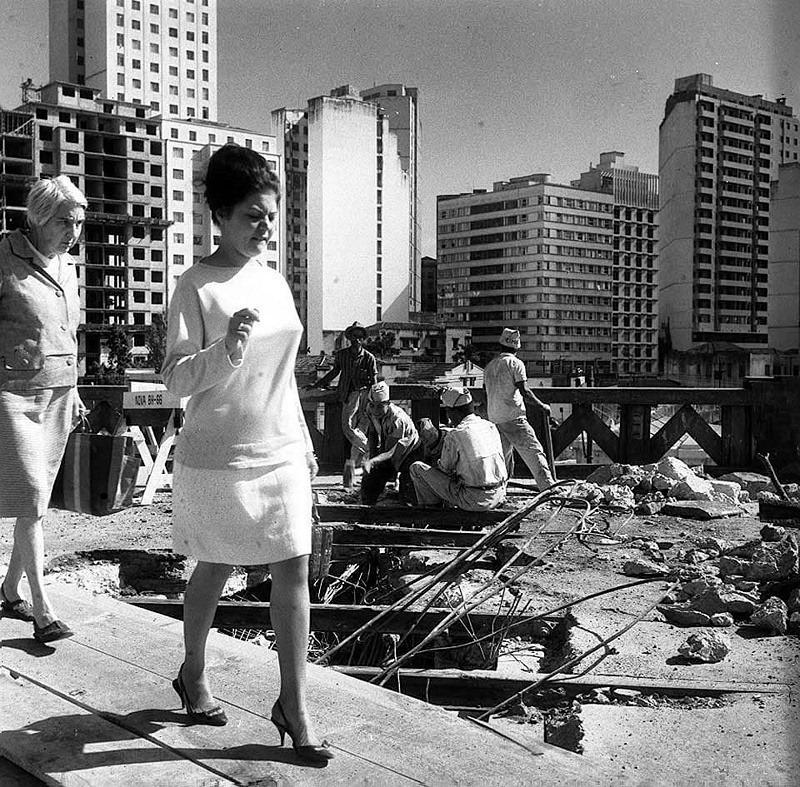 Fim dos bondes, retirada dos trilhos, 1964