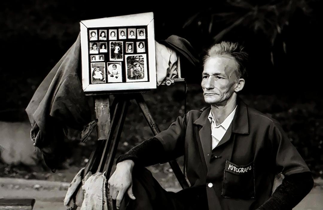 Zizi, fotógrafo que atuou no Parque Municipal nos anos 1970 (Foto: Odilon Araújo)