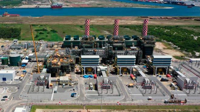 Usinas termelétricas emitem volume muito maior de carbono na atmosfera