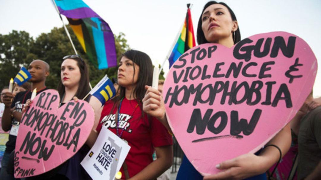 Protesto gay nas ruas de Barbados, no Caribe