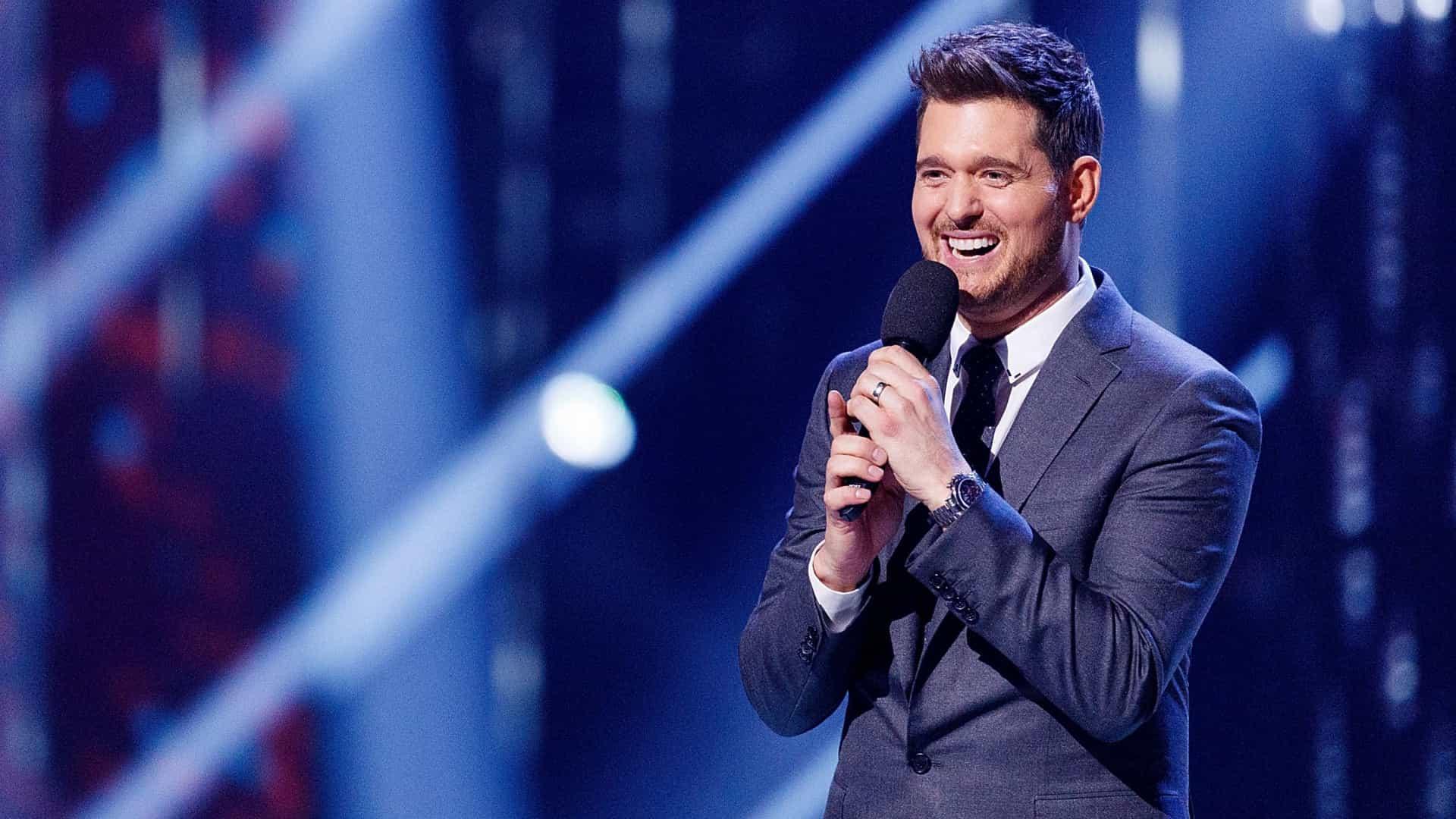 A versão de 'Sway' do canadense Michael Bublé faz sucesso no mundo inteiro.