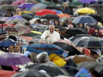 Papa Francisco, com os fieis: