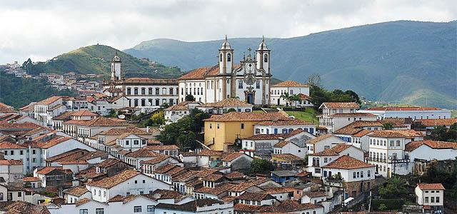 Ouro Preto: Minas Gerais do passado saltou para dentro da poesia de Oswald e da pintura de Tarsila.