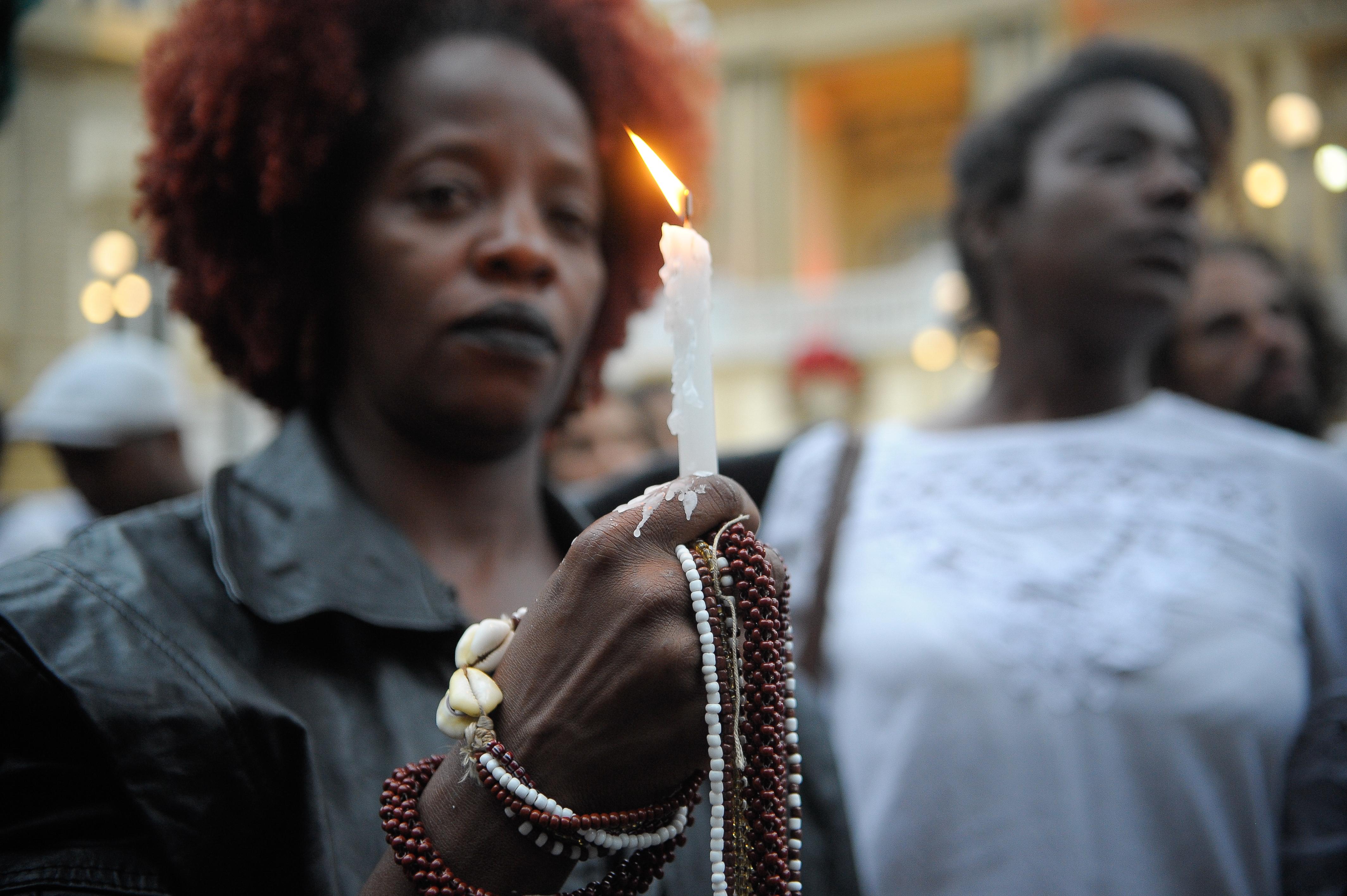 Pesquisa aponta alto número de jovens negros assassinados como reflexo das políticas de exclusão no processo de segregação urbana