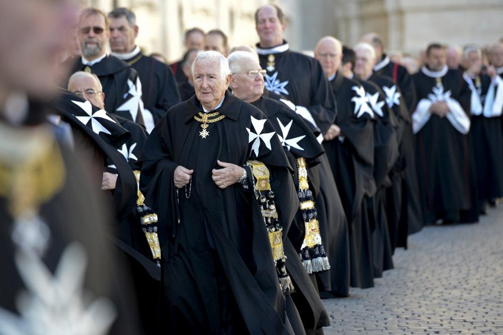 Ordem de Malta é uma instituição religiosa da elite europeia com obras sociais em 120 países.