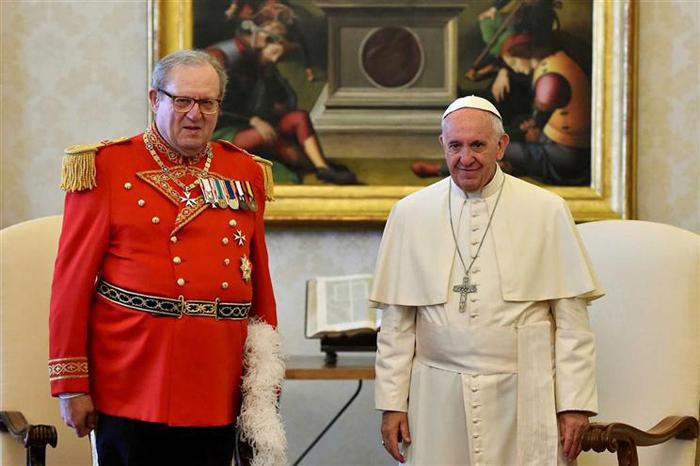 Comando da Ordem será assumido interinamente pelo grão-comendador Frei Ludwig von Rumerstein.