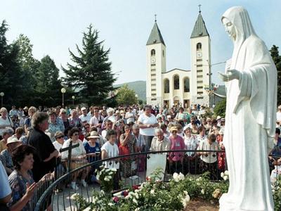 Santuário de Medjugorje recebe mais de 1 milhão de devotos por ano