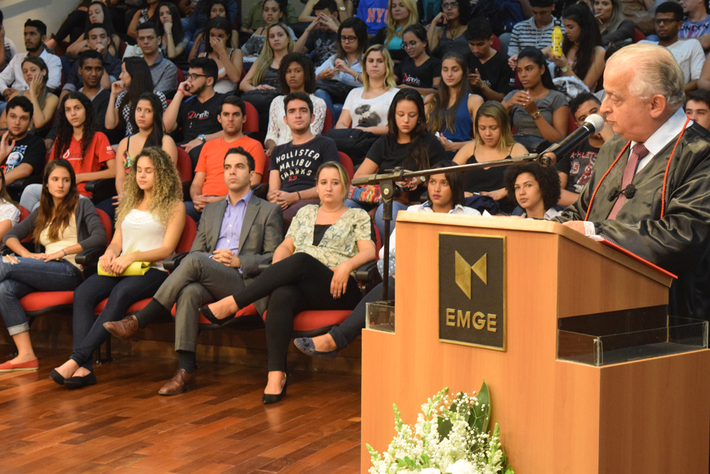 Aula inaugural da EMGE foi ministrada pelo presidente da FIEMG, Dr. Olavo Machado Júnior.