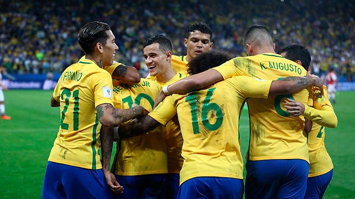 Brasil garante vaga na Copa de 2018 e Tite faz alerta: equipe não está pronta