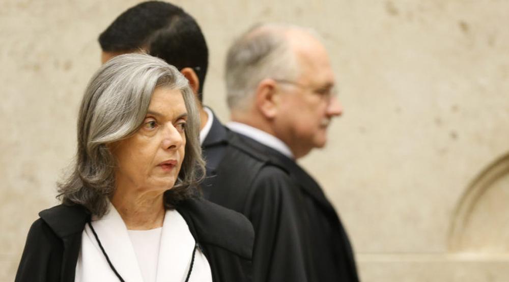 Caso a decisão de Cármen seja pautar o julgamento, será a primeira vez na história da Corte que isso acontece.