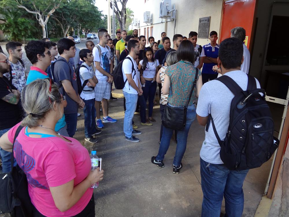 Fechando a programação, os estudantes visitaram o Reator Triga IPR-R1.