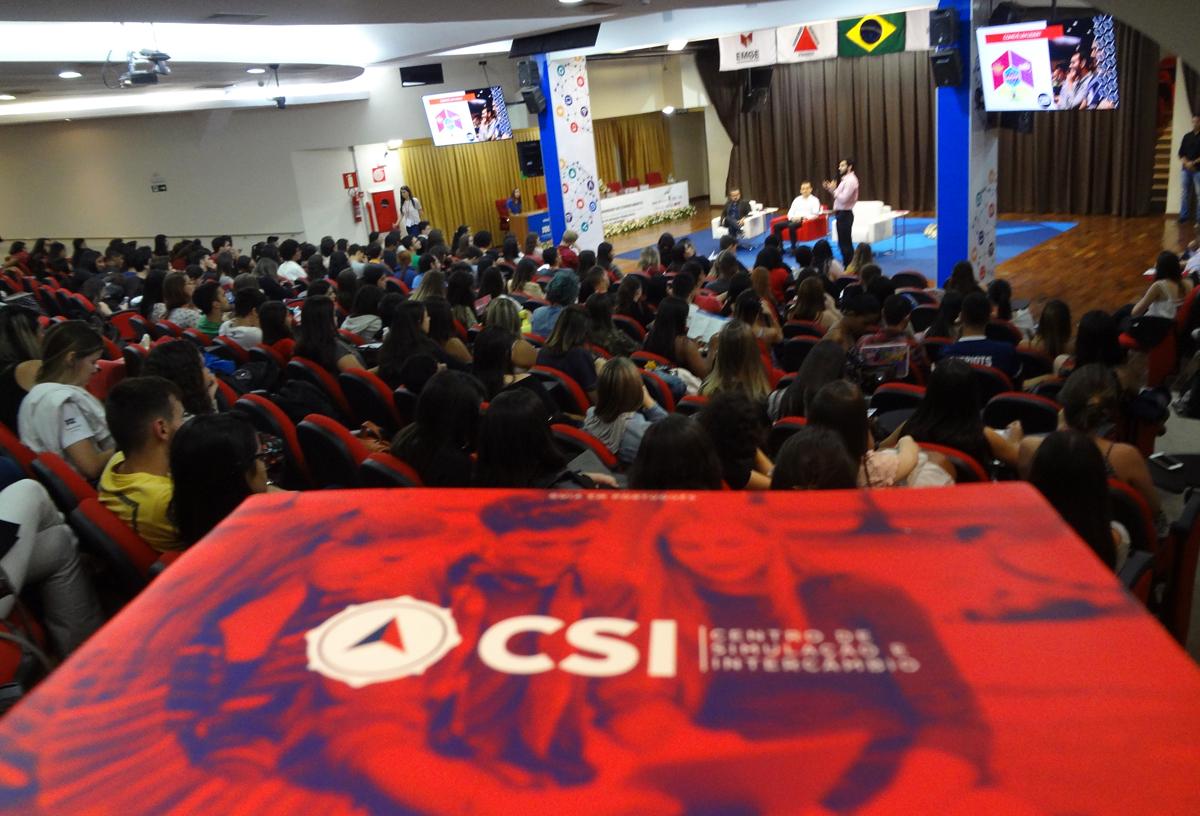 Oficina sobre intercâmbio movimentou a tarde do segundo dia do Congresso do Conhecimento