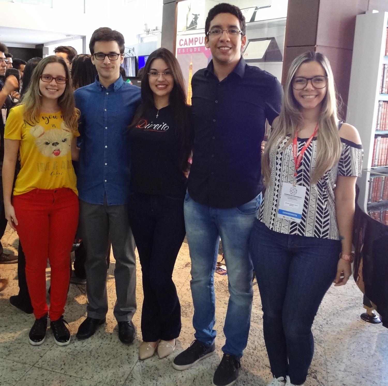 Integrantes do CSI da Dom Helder: Milena Costa; Nathan Gomes; Kimberly Salles; Guilherme Ribeiro e Letícia Rodrigues