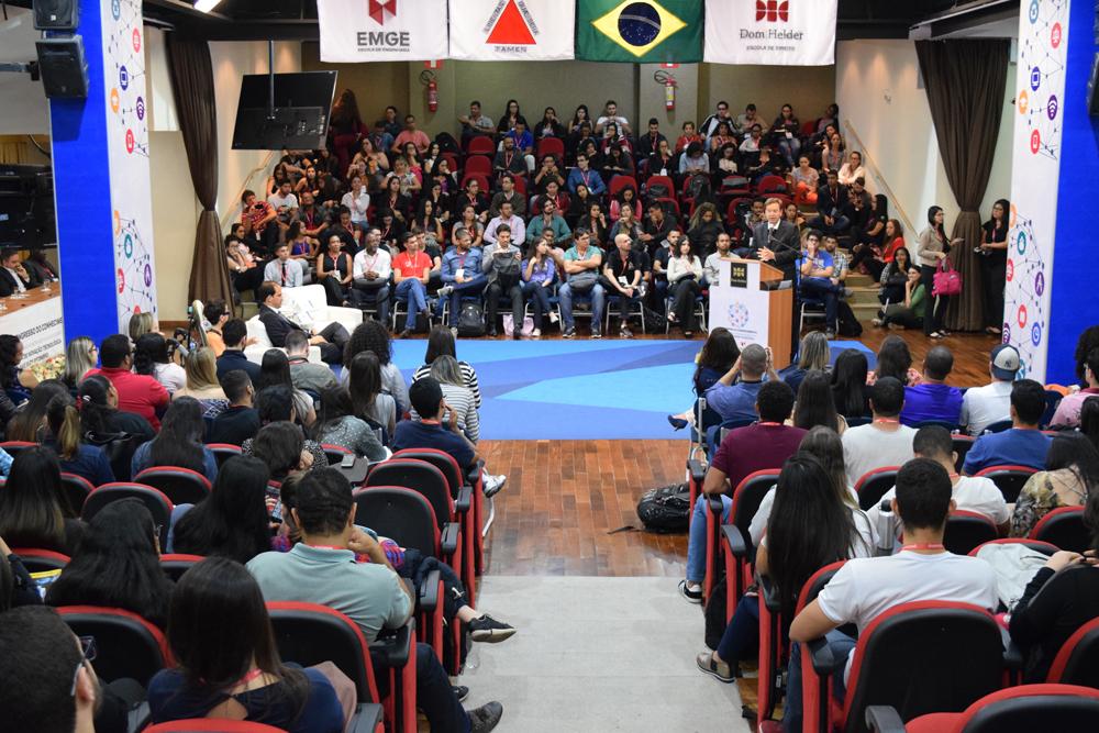 O Congresso do Conhecimento foi promovido pela Dom Helder Escola de Direito e pela EMGE - Escola Superior de Engenharia de Minas Gerais.
