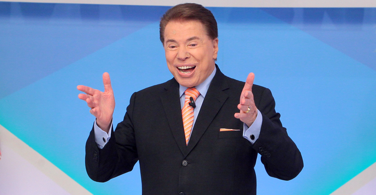 Silvio Santos brinca com a qualidade da televisão em seu programa.