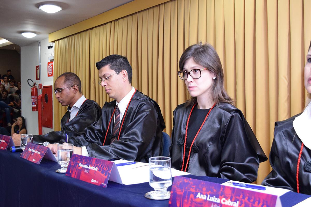 Fernanda Andrade, do corpo de jurados.