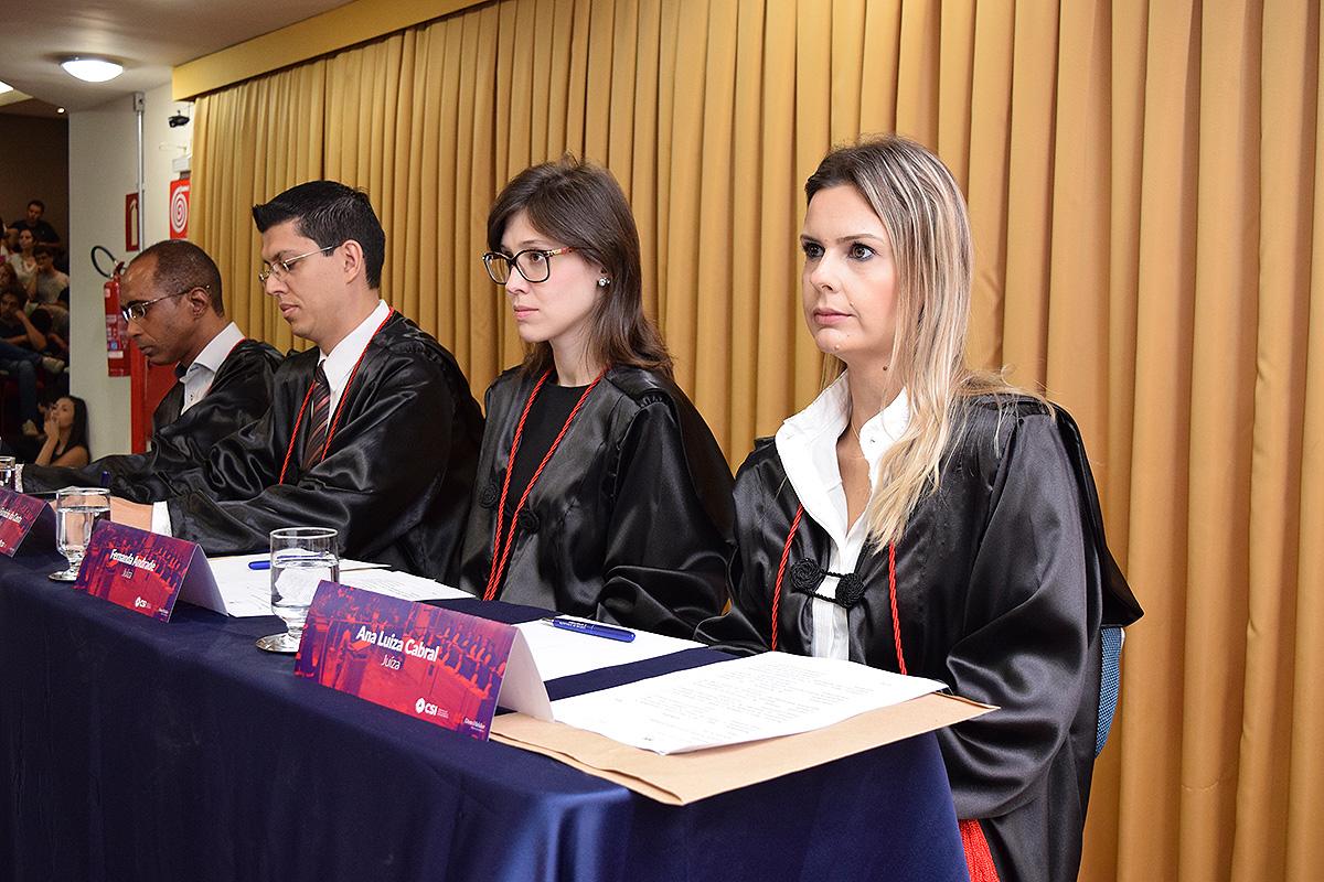 Ana Luíza Cabral, jurada da Grande Final da edição 2017 do Tribunal Internacional Estudantil (TRI-e).
