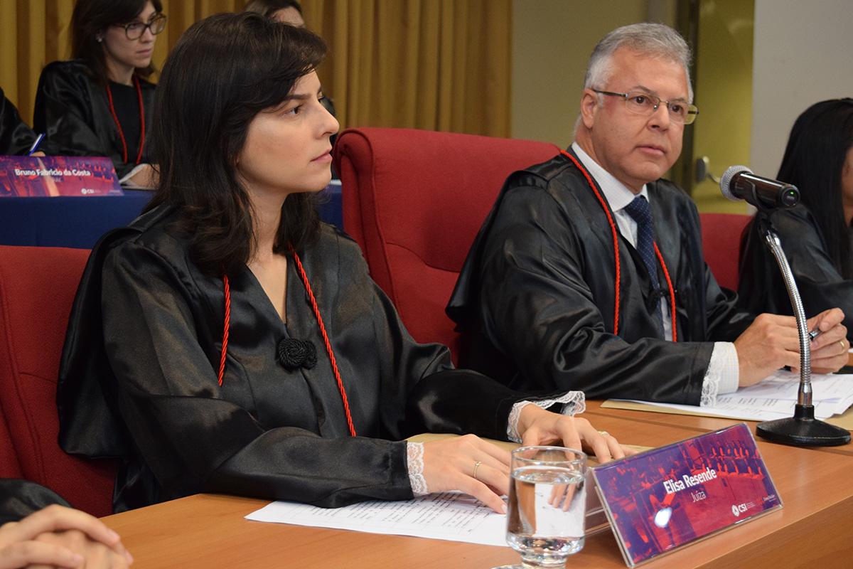 Elisa Resende, jurada da grande Final da edição 2017 do Tribunal Internacional Estudantil (TRI-e).