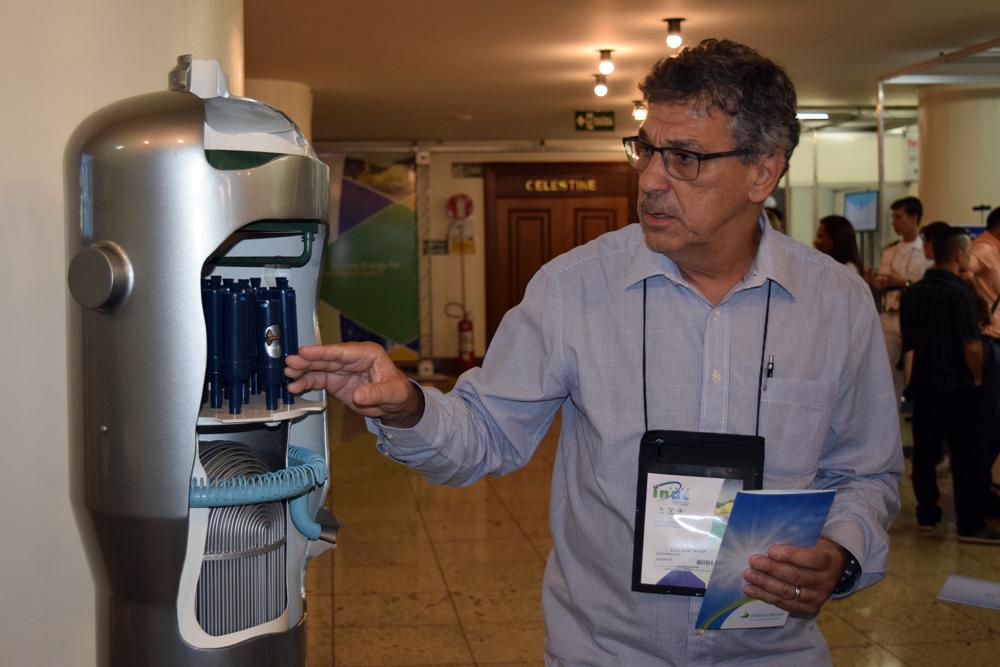 Luiz Alberto Sant'anna, engenheiro da Eletrobras.
